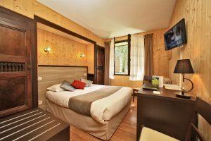 Chambre d'hotel de la Chaumière proche du puy du Fou