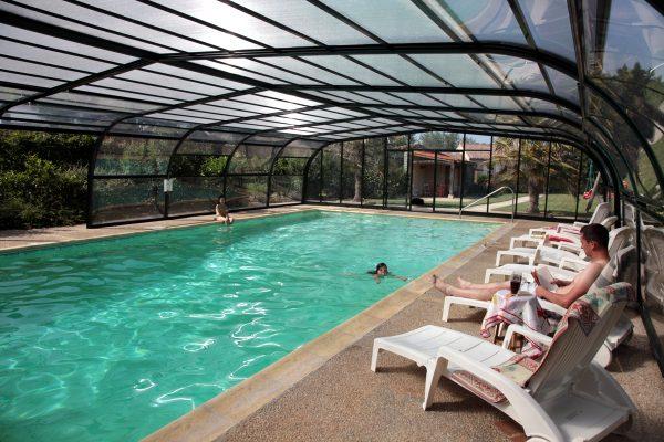 Gites de groupes avec piscine chauffée et couverte proches du puy du fou
