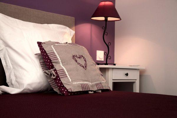Chambre Violette Domaine de la Courillere