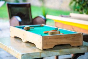 Gîte avec jeux en bois pour les efants